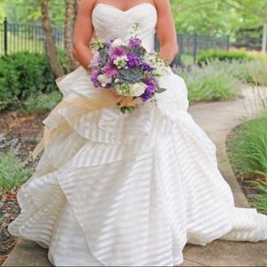 Haley Paige Wedding Dress - Altered size 6/8